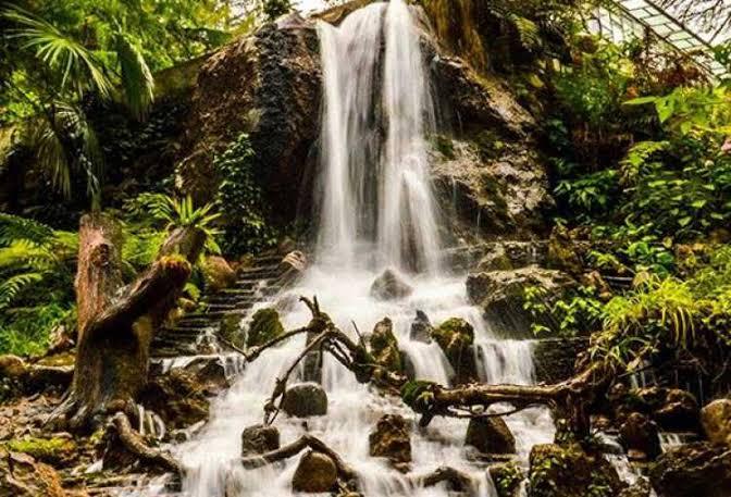 Kempty falls Mussorrie