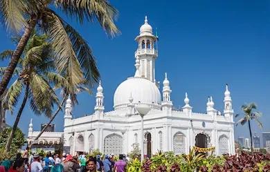 Haji Ali Dargha in Worli