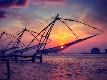 Kochi is a place with beautiful lakes and greenish mountains.