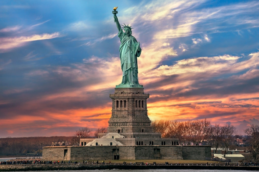 Statue of liberty is one of the best places for visit in New York State