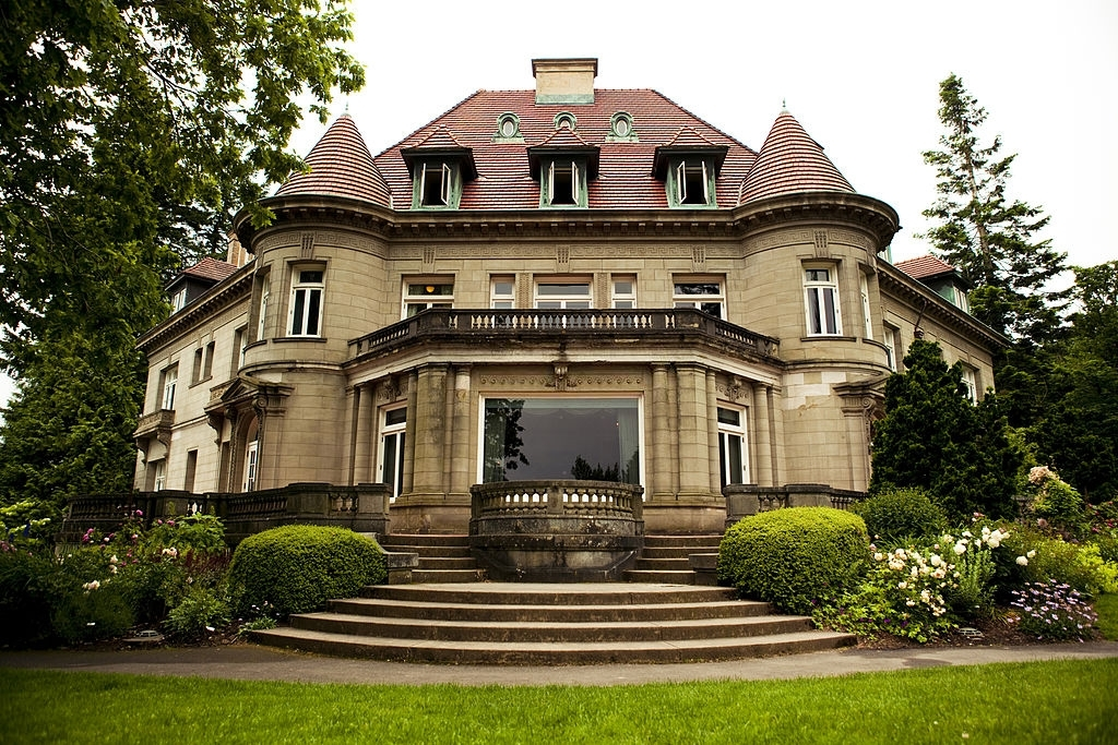 Famous renaissance style mansion of Portland. Amazing mansion has lots of things to do in Portland for you.